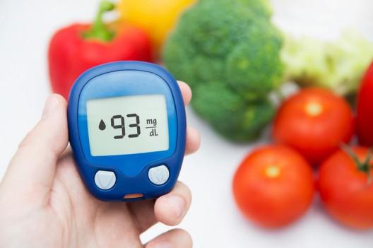 El tratamiento de la diabetes se sustenta en un plan de alimentación saludable.