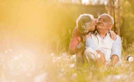 La edad es el principal factor de riesgo del Alzheimer.