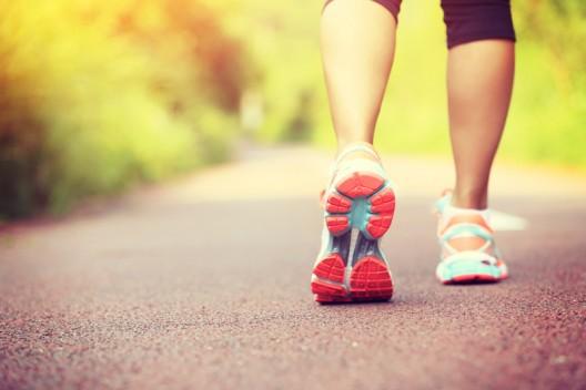 Caminar fortalece el corazón.