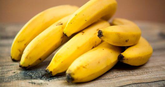 El plátano favorece el desarrollo de nuestra flora intestinal y es totalmente apto para diabéticos.